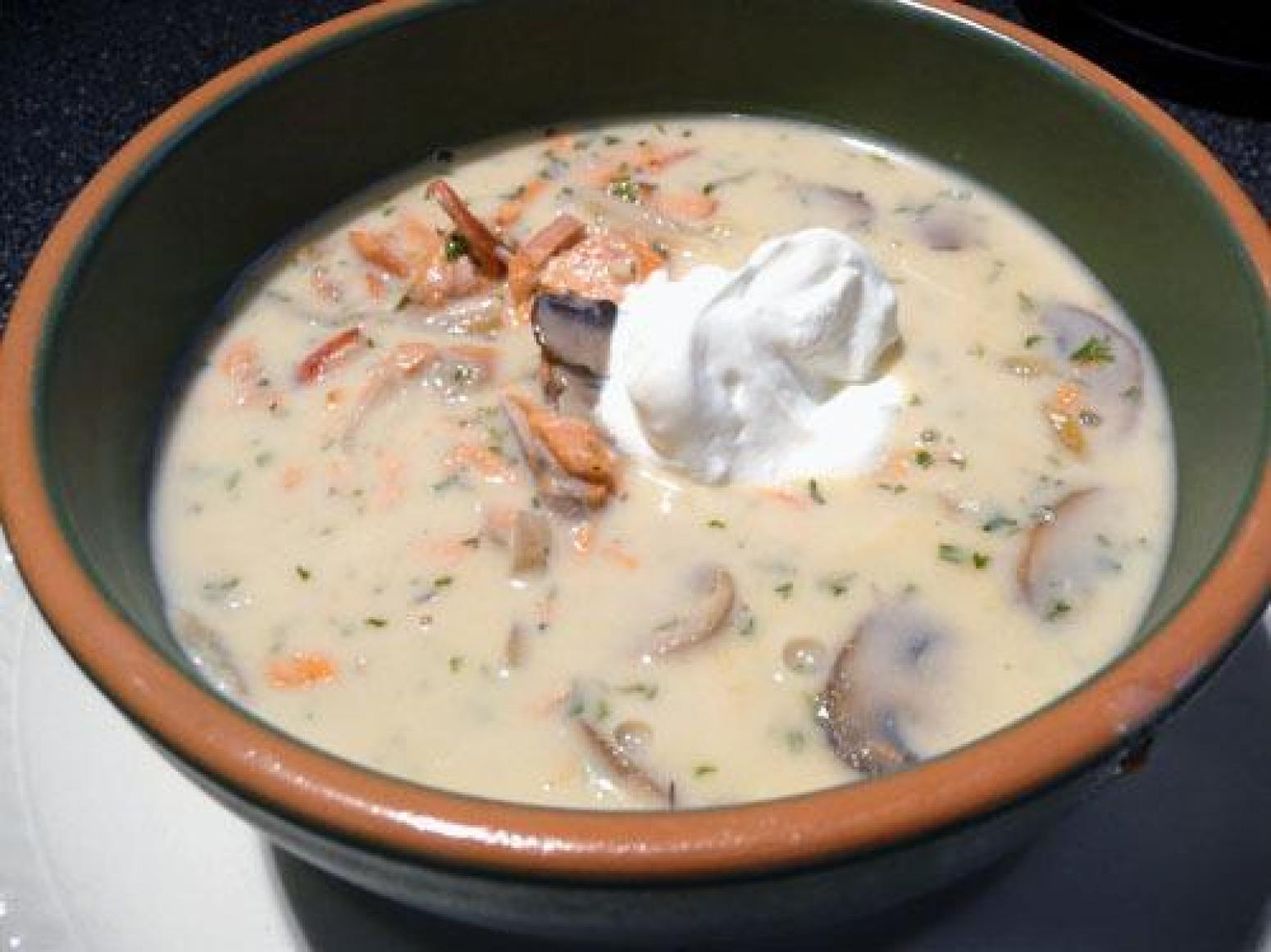 Smoked Salmon Chowder Recipe | Just A Pinch Recipes
