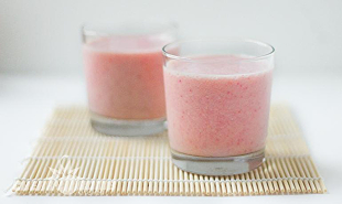 Strawberries,Peaches,Bananas Breakfast Smoothie Recipe