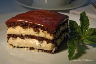 Peanut Butter Chocolate Eclair Cake Recipe
