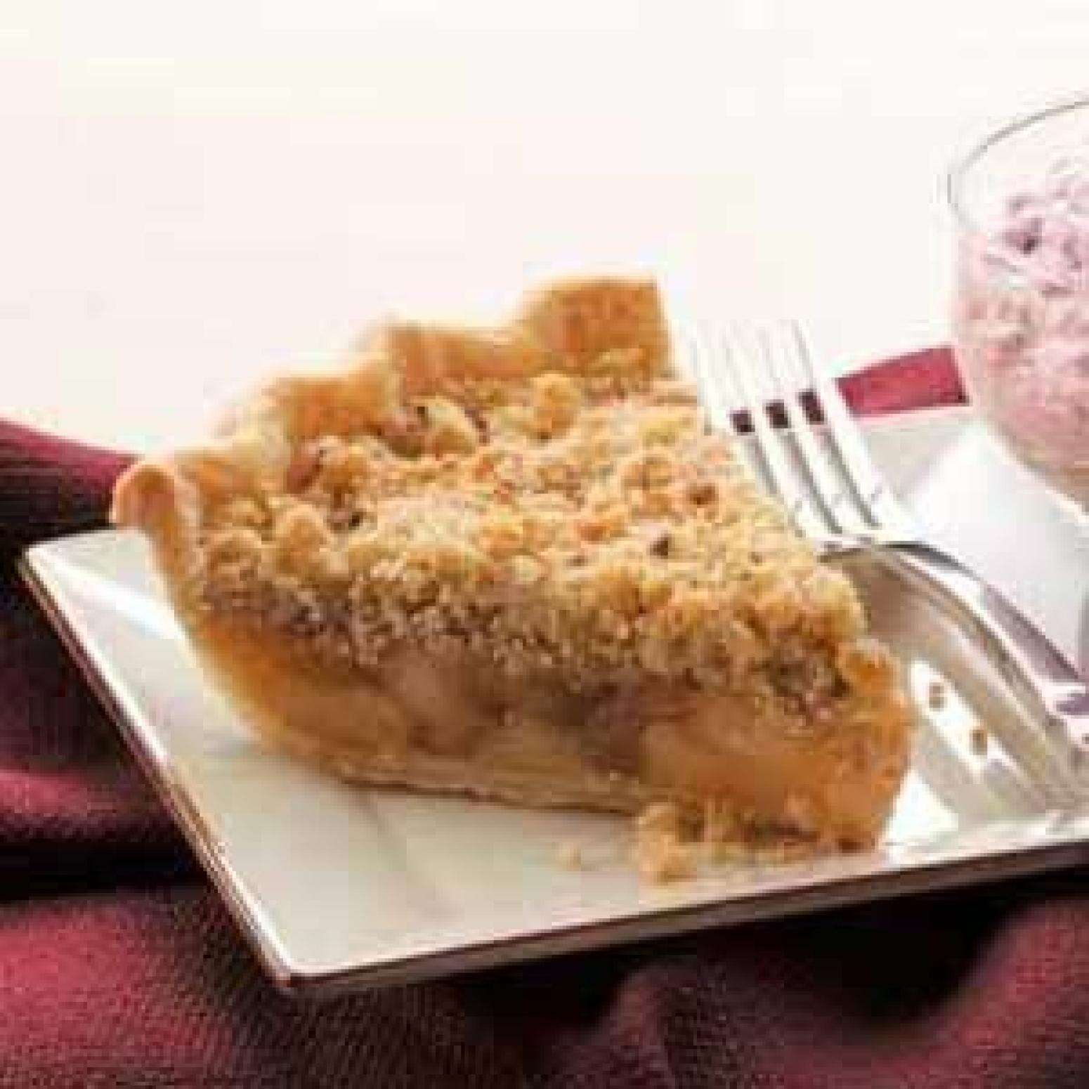 Cinnamon Apple Crumb Pie Recipe 2 | Just A Pinch Recipes