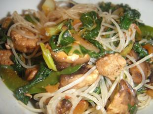 Easy Chicken AsianNoodle w/Spicy Thai Peanut Sauce Recipe