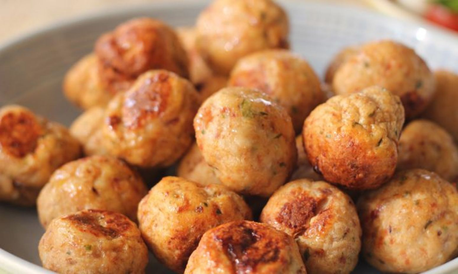 how to make chicken meatballs from chicken breast