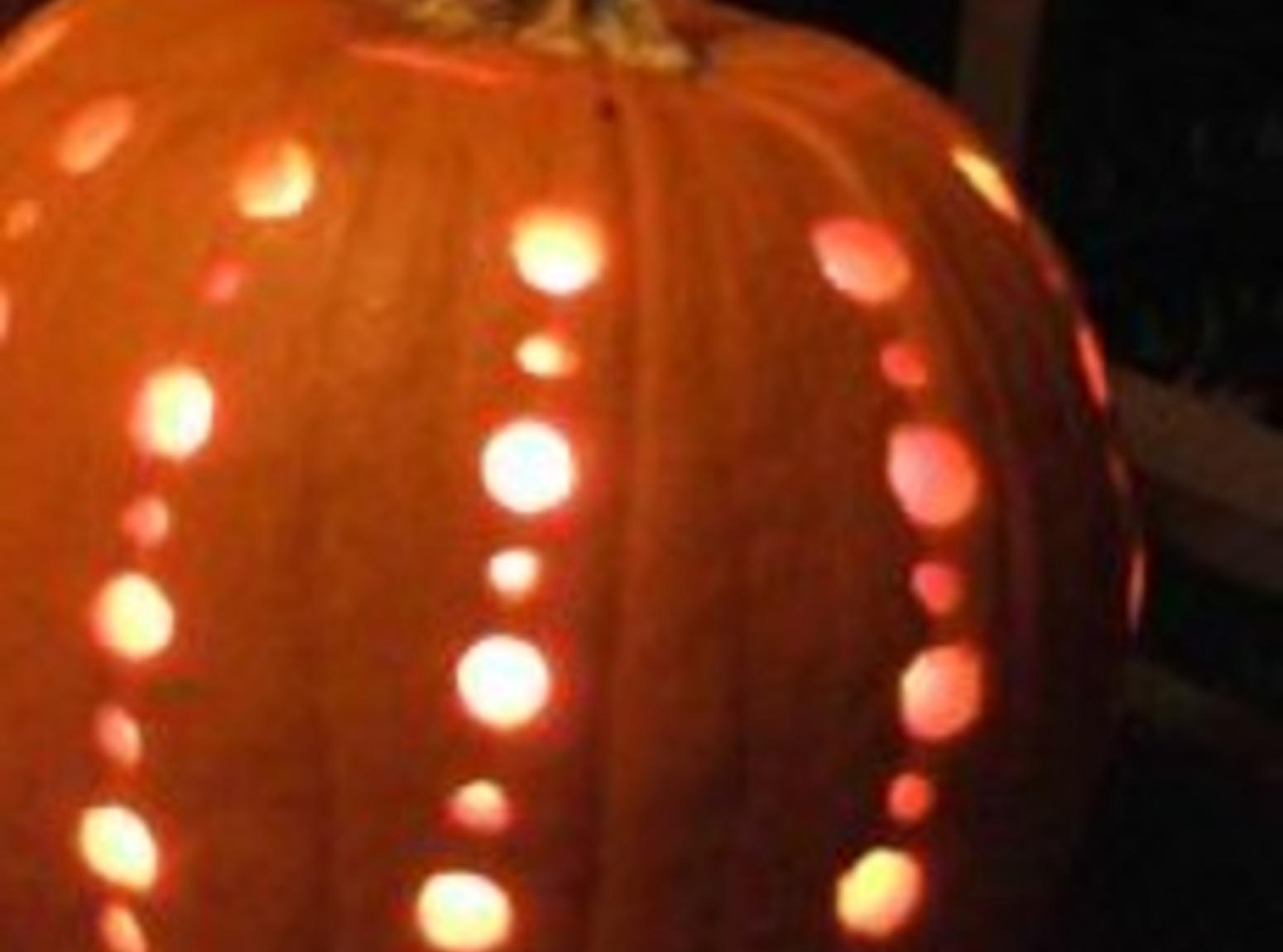 Carved punpkin air freshener Recipe