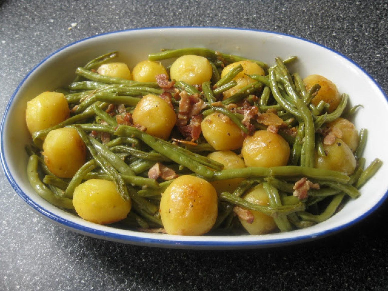 Green Beans with Baby New Potatoes Recipe   Just A Pinch ... - photo#24