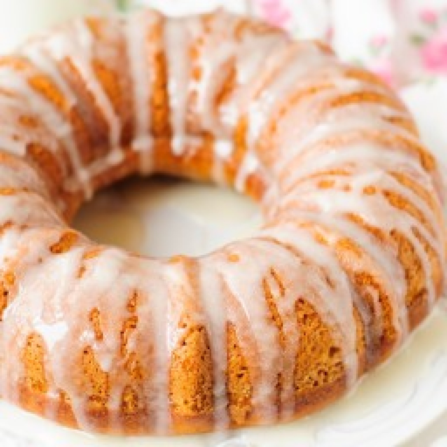Easy Sour Cream Pumpkin Bundt Cake
