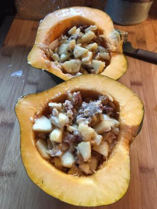 Acorn Squash With Apples and Walnuts Recipe