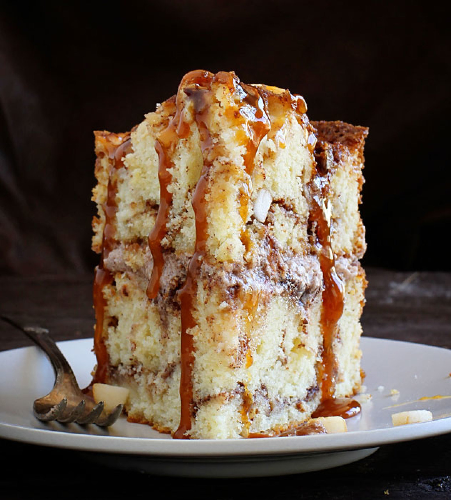 Caramel Apple Cinnamon Cake Recipe