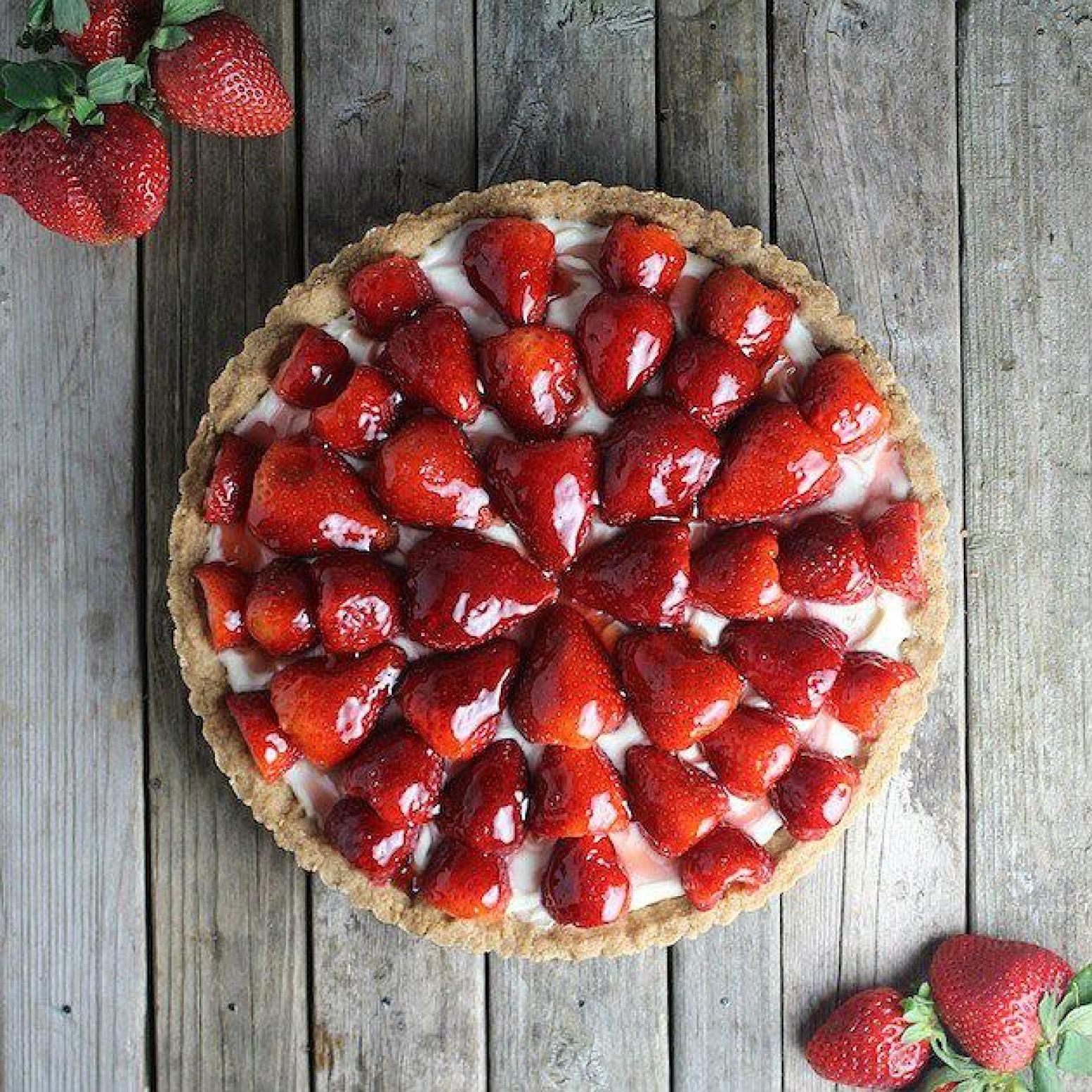 Strawberry Mascarpone Tart Recipe | Just A Pinch Recipes