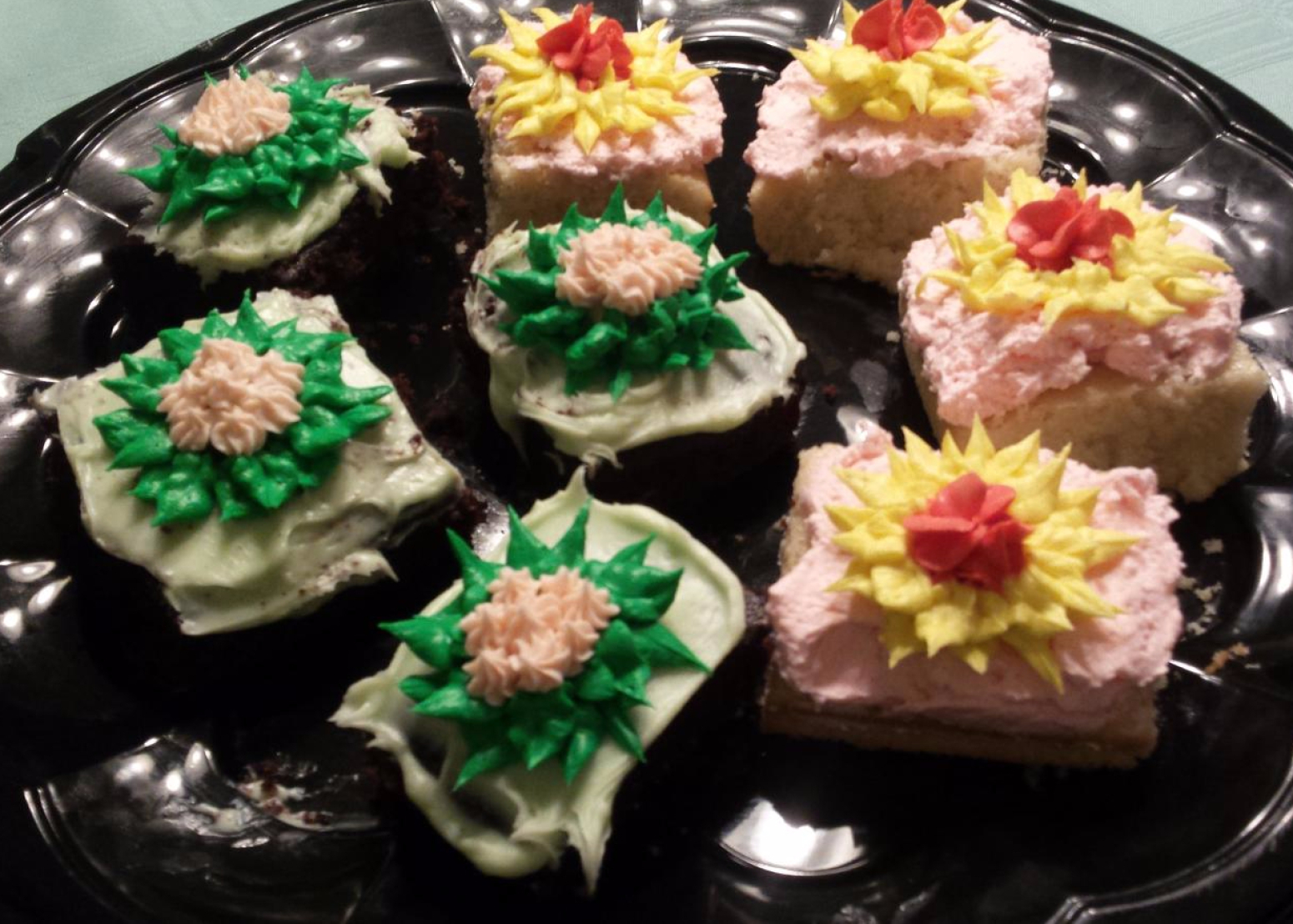 Cake Decorating Recipes : CAKE SQUARES DECORATED AT CAKE DECORATING CLASS Recipe ...