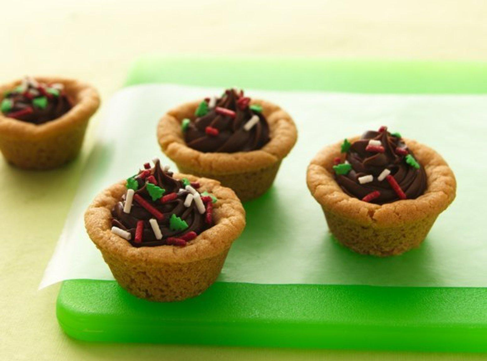 Chocolate Candy Cookie Cups Recipe