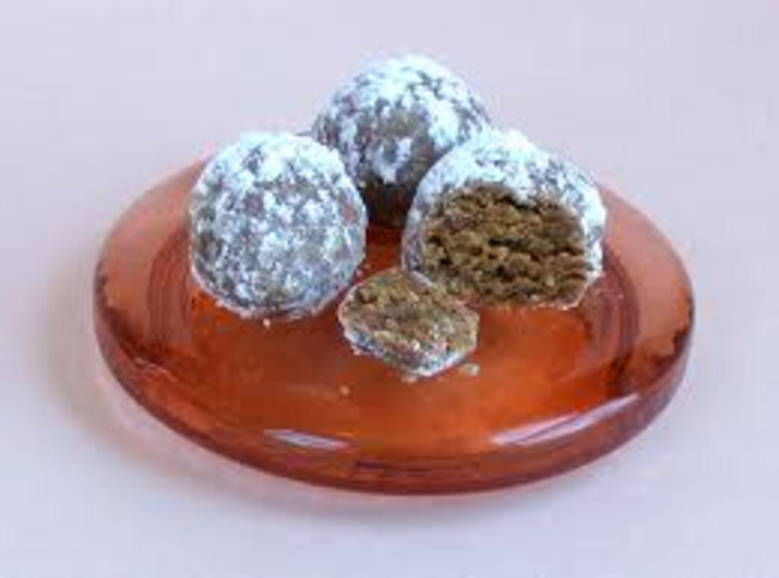 gingersnap rum balls Recipe