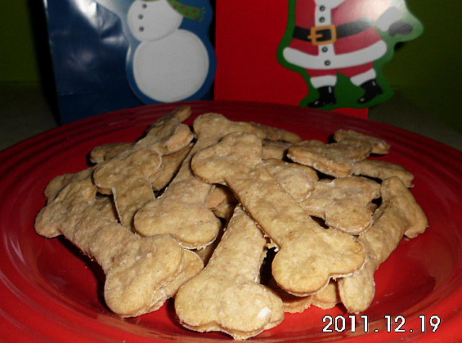 Peanut Butter and Oatmeal Dog Biscuit Recipe