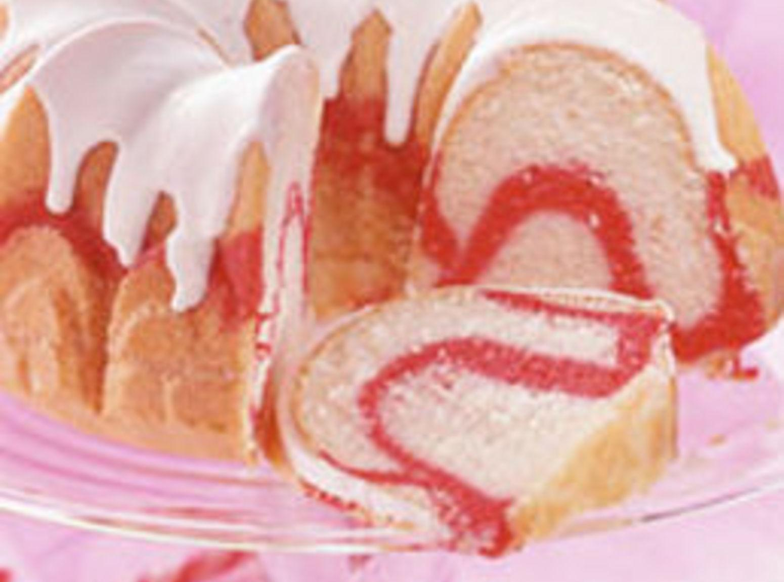 Peppermint Swirl Bundt Cake Recipe