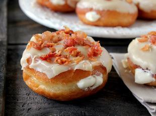 Maple Bacon Donuts (yummy) Recipe