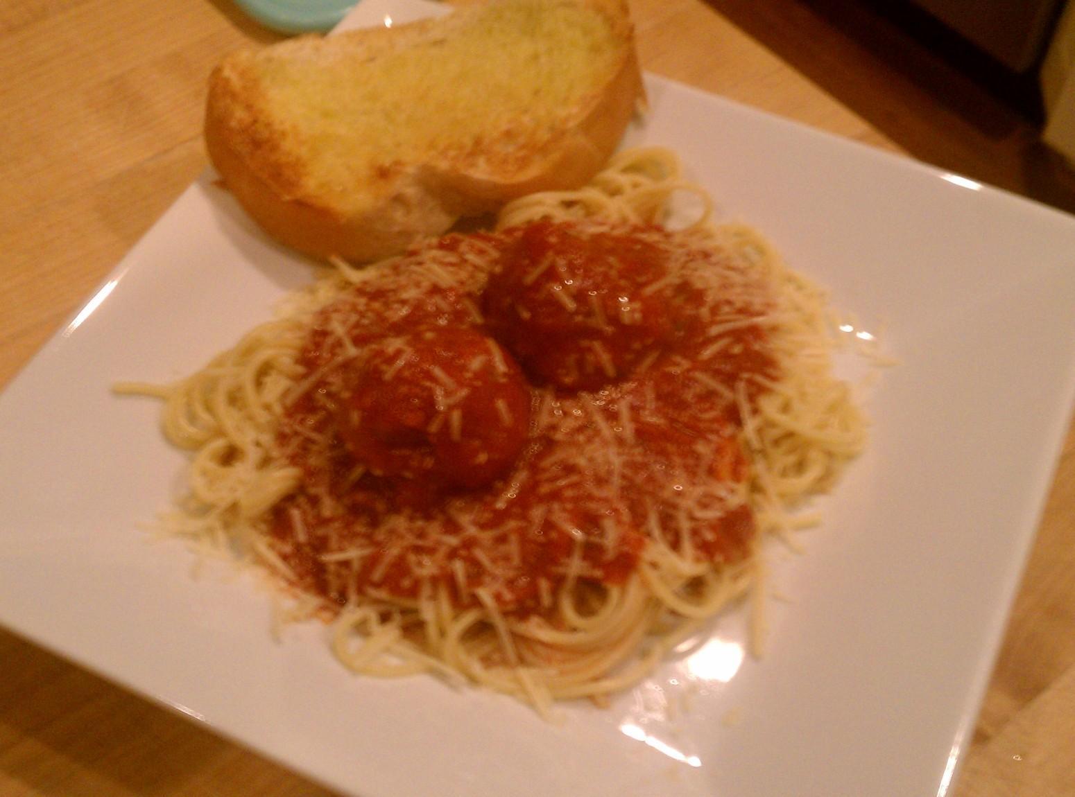 Mama's Italian Gravy & Meatballs Recipe