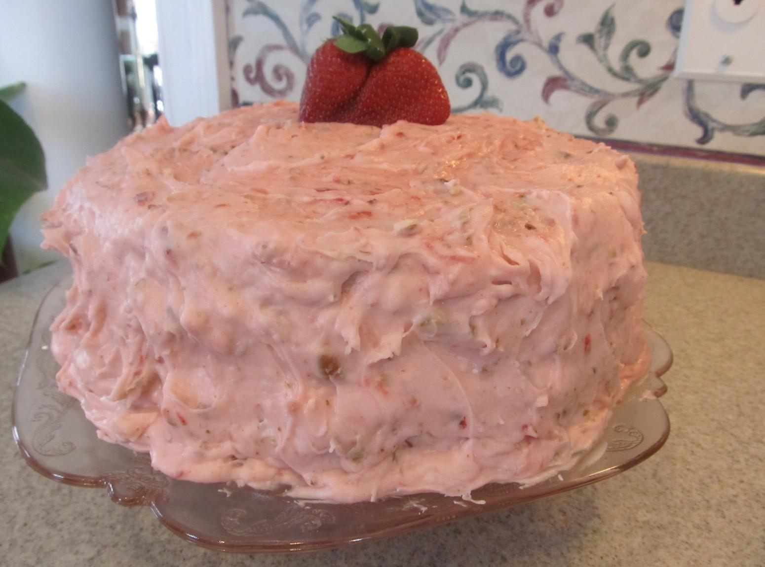 Strawberry Nut Cake Recipe