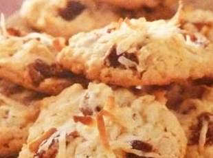 COCONUT RAISIN DROP COOKIES  for 100 by freda Recipe