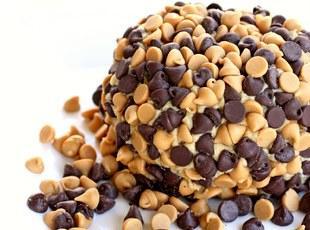 Peanut Butter Cheese Ball Recipe