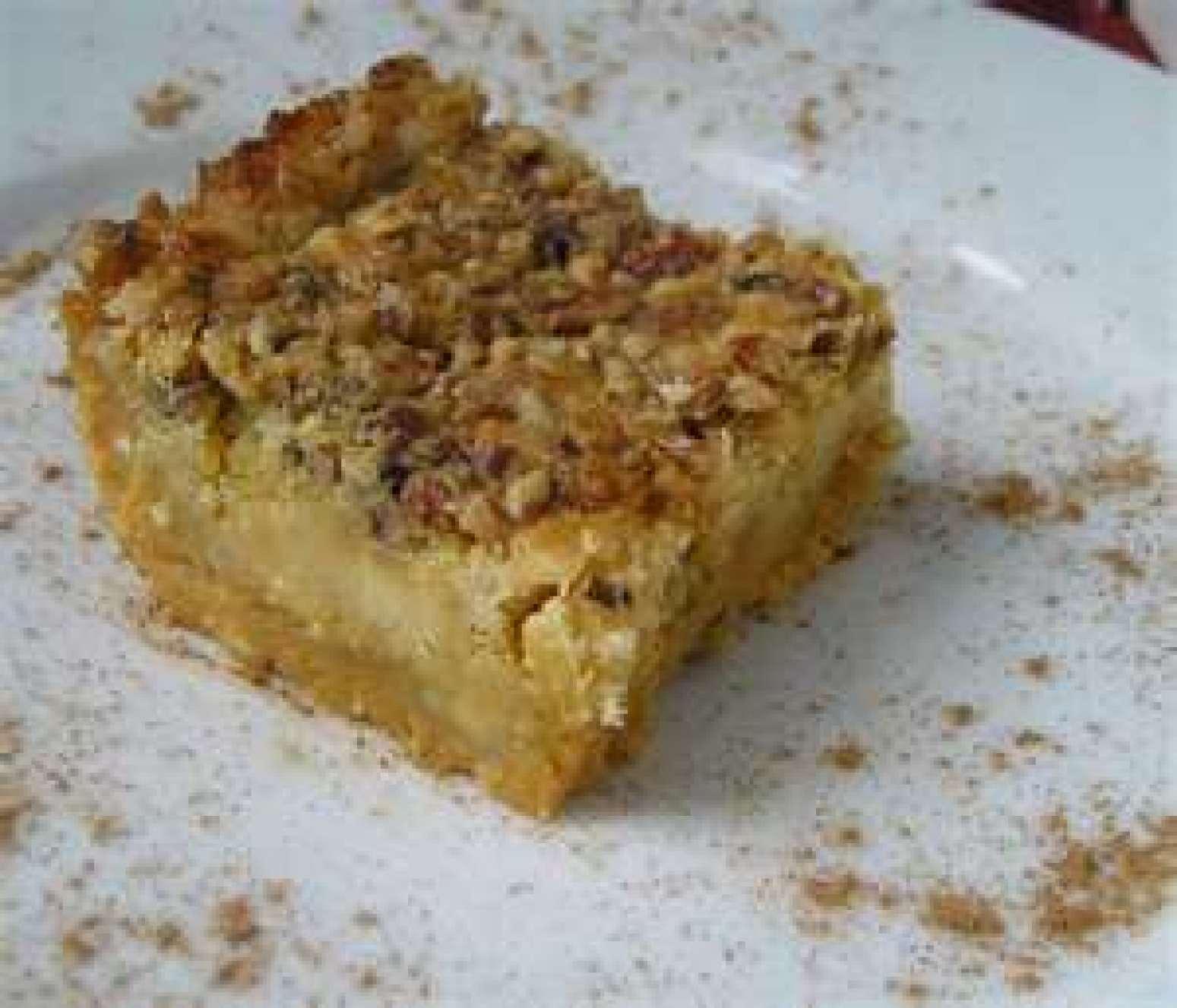 Butter Pecan Dump Cake