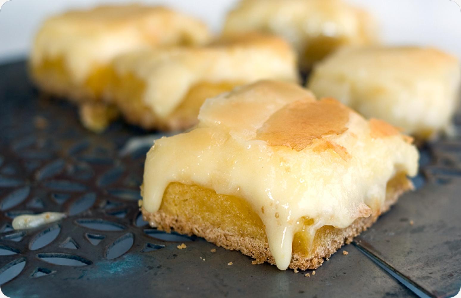 Ooey Gooey Butter Cake Bars Recipe