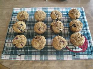 Blueberry Gluten Free Crumble Top Muffins